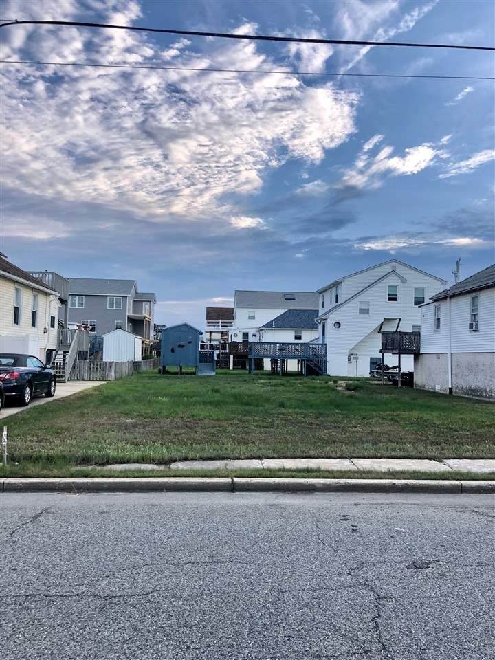 Land for Sale at 622 W Pine Avenue West Wildwood, New Jersey 08260 United States