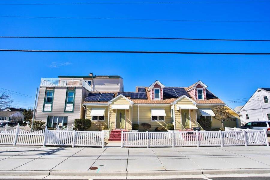 Multi-Family Homes por un Venta en 404 Surf Avenue North Wildwood, Nueva Jersey 08260 Estados Unidos
