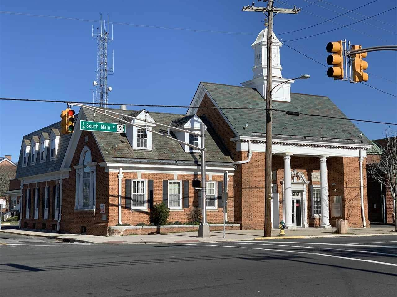 Commercial for Sale at 1 N Main Street Cape May Court House, New Jersey 08210 United States