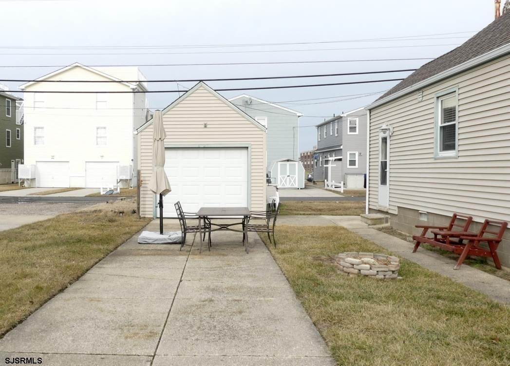 20. Single Family Homes at 1926 West Ave Ocean City/18th-34th Sts Ocean City, New Jersey 08226 United States