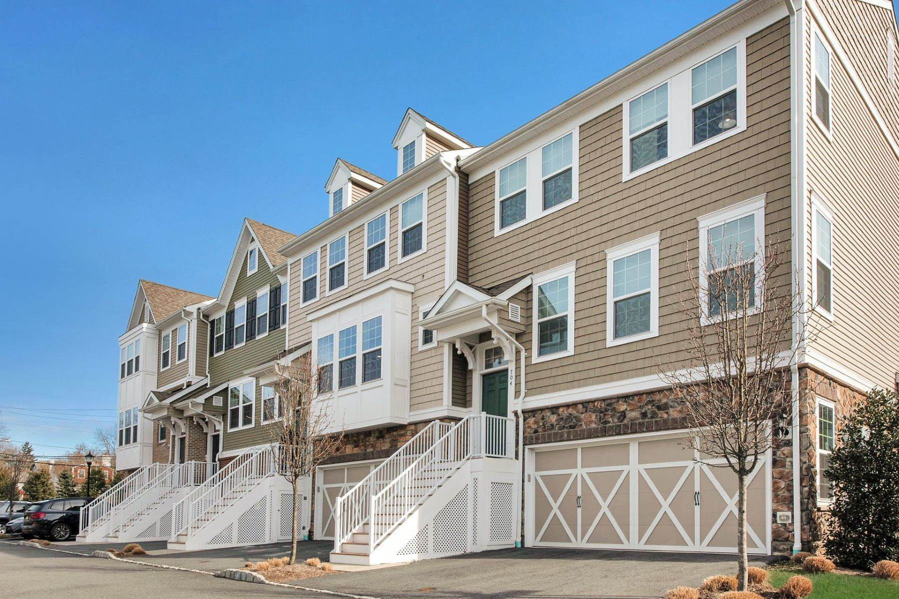 townhouses for Sale at Willow Run 703 Cottonwood Ct Cresskill, New Jersey 07626 United States