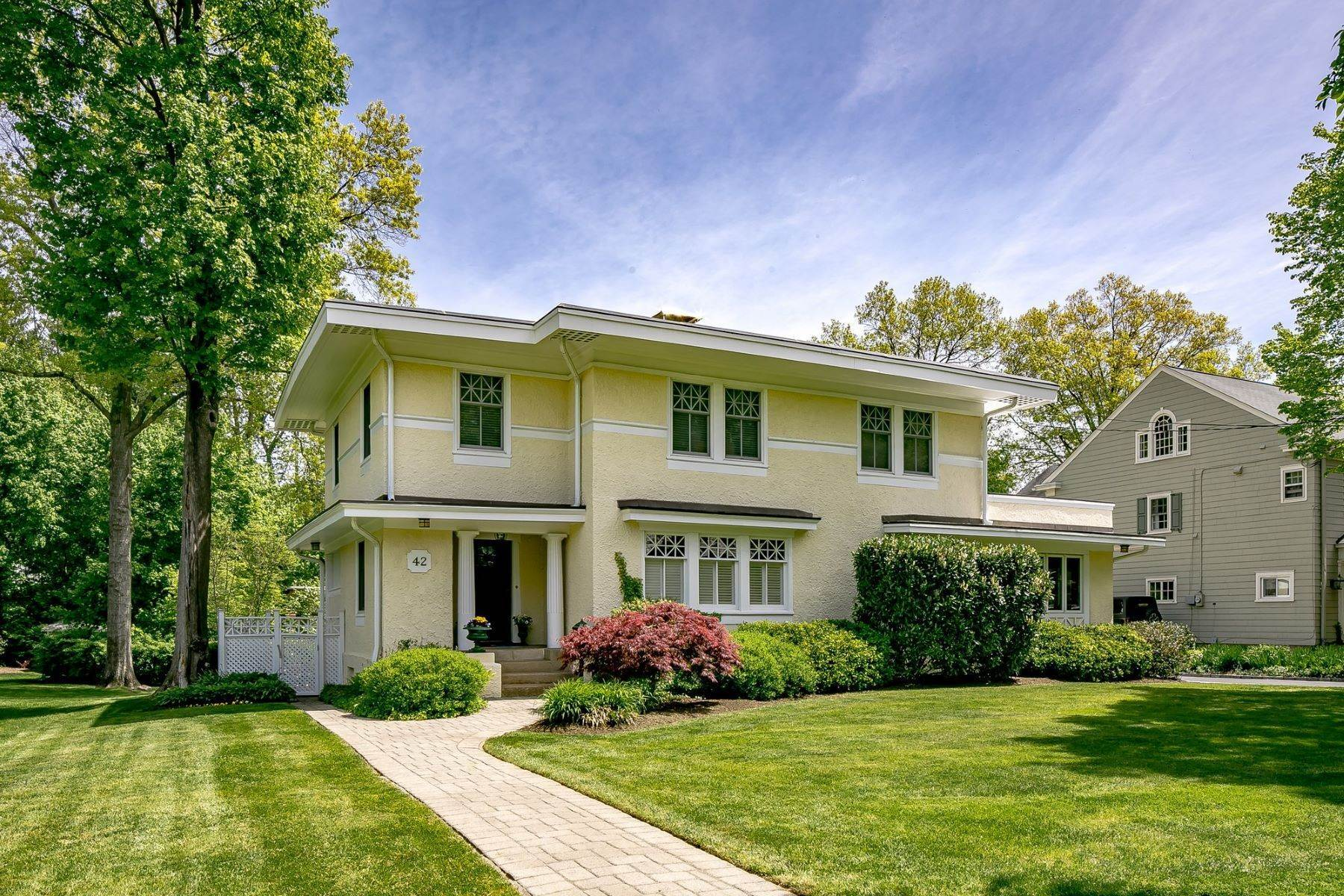 Single Family Homes for Sale at Unique Prairie Home 42 Hillcrest Road Madison, New Jersey 07940 United States