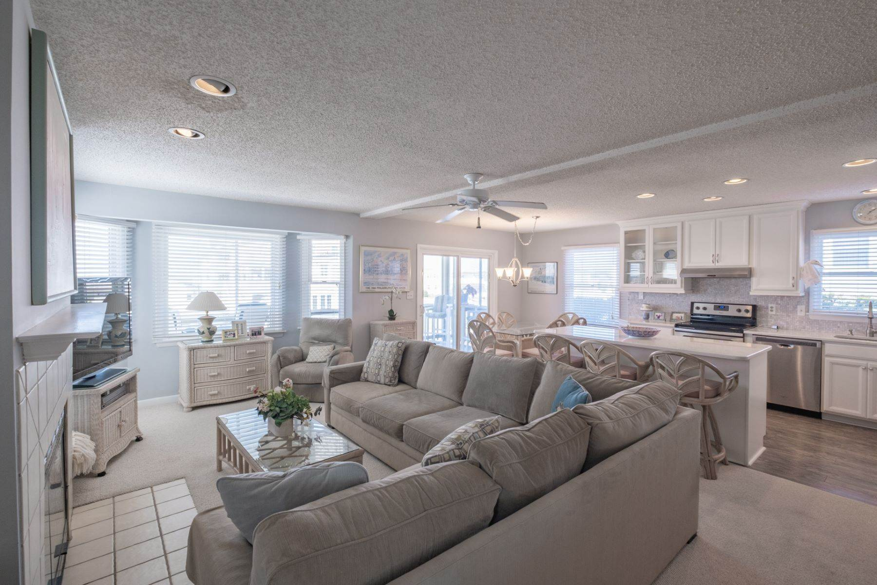 2. Condominiums for Sale at Southend First Floor Condo 48 W 55th Street Ocean City, New Jersey 08226 United States