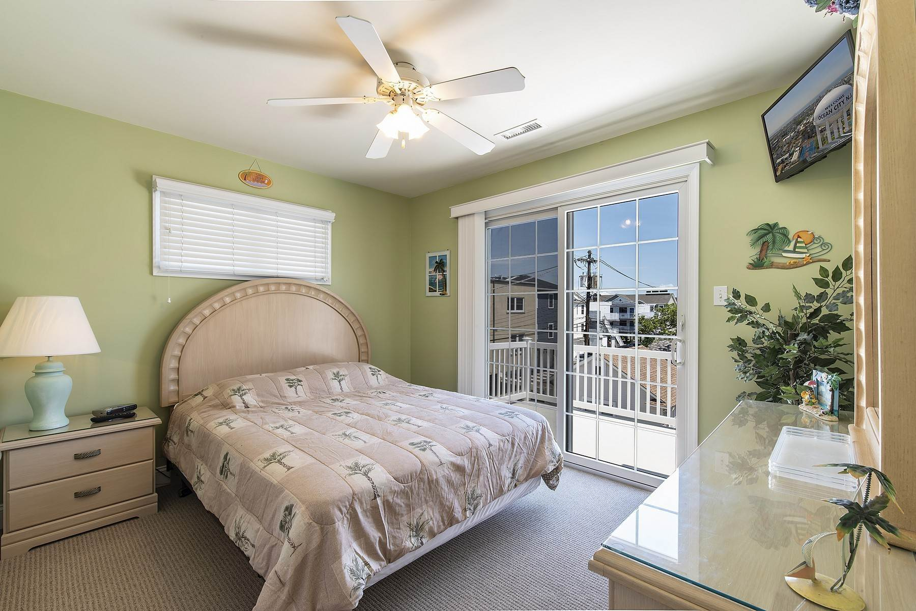 29. Duplex Homes for Sale at Centrally Located Duplex 631 E 10th Street Ocean City, New Jersey 08226 United States