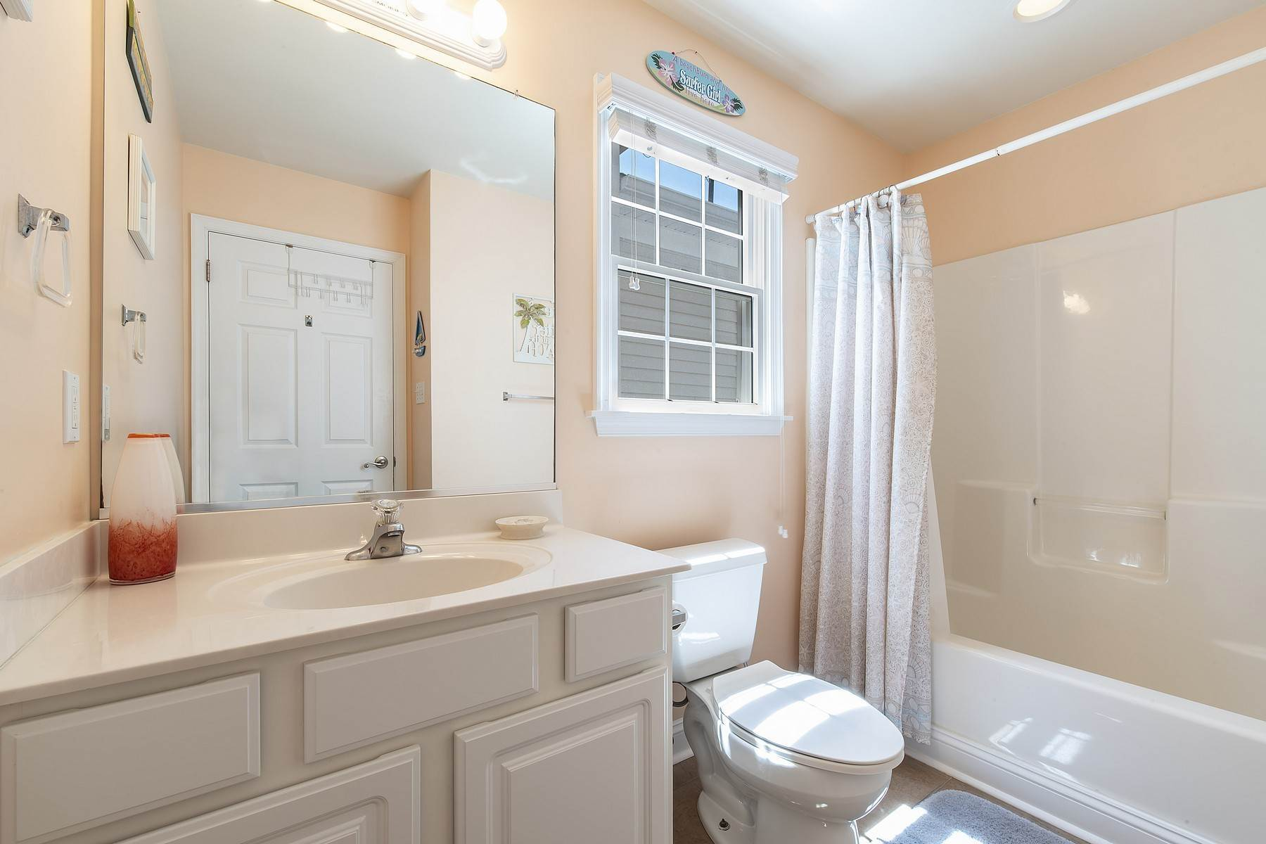 25. Duplex Homes for Sale at Centrally Located Duplex 631 E 10th Street Ocean City, New Jersey 08226 United States