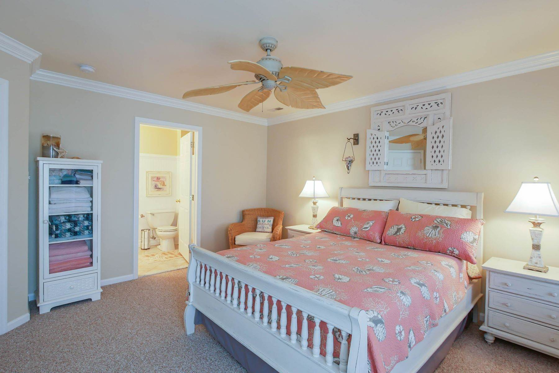 16. Condominiums for Sale at 1336-38 Wesley Ave, Unit 2 Ocean City, New Jersey 08226 United States