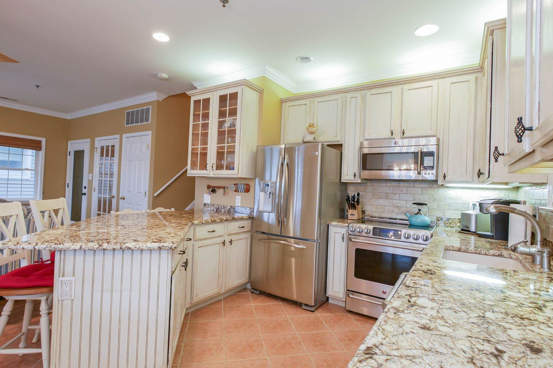 7. Condominiums for Sale at 1336-38 Wesley Ave, Unit 2 Ocean City, New Jersey 08226 United States
