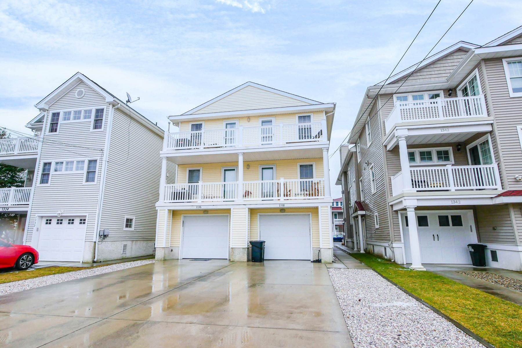 25. Condominiums for Sale at 1336-38 Wesley Ave, Unit 2 Ocean City, New Jersey 08226 United States