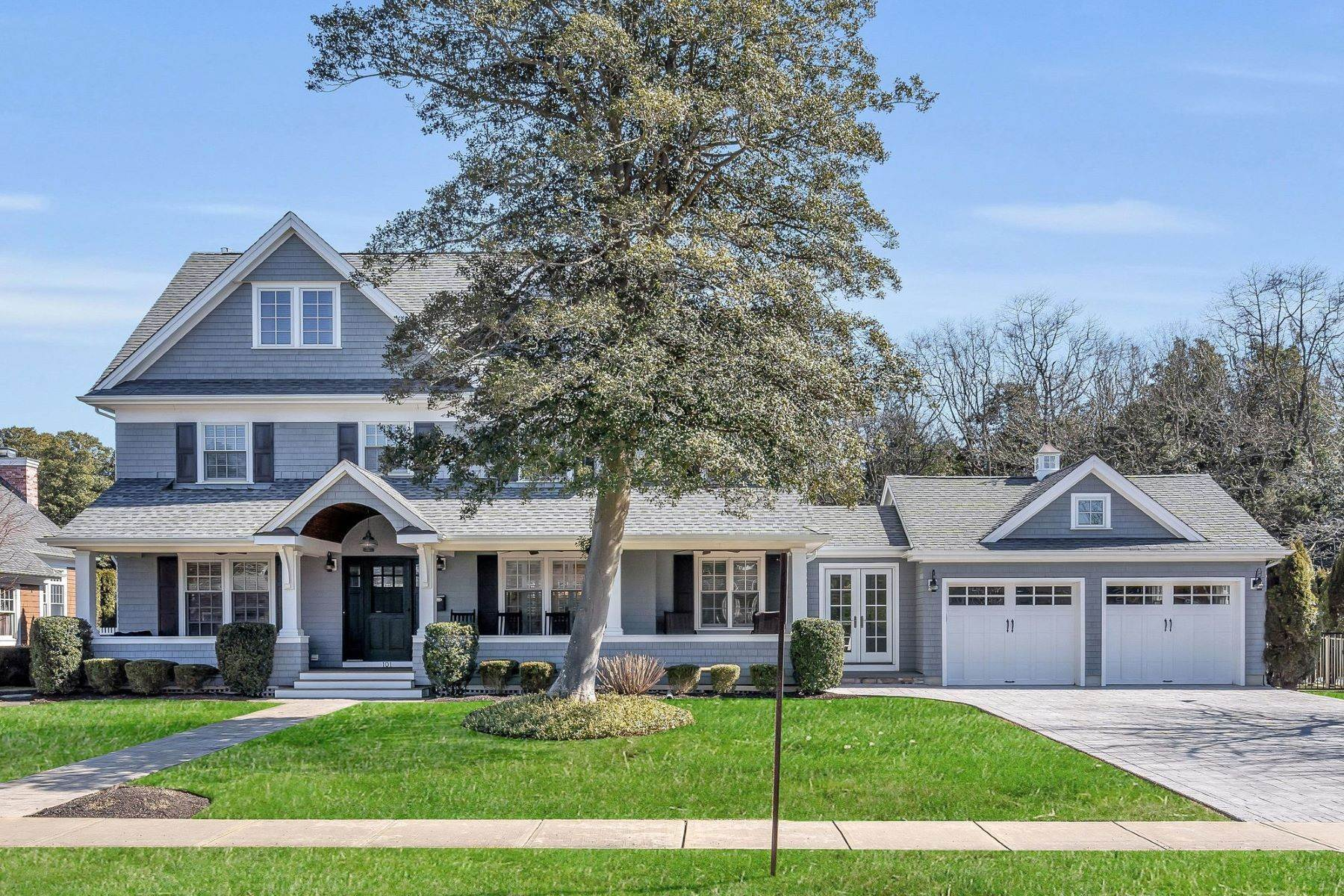 Single Family Homes for Sale at A Slice of Paradise 604 2nd Avenue Sea Girt, New Jersey 08750 United States