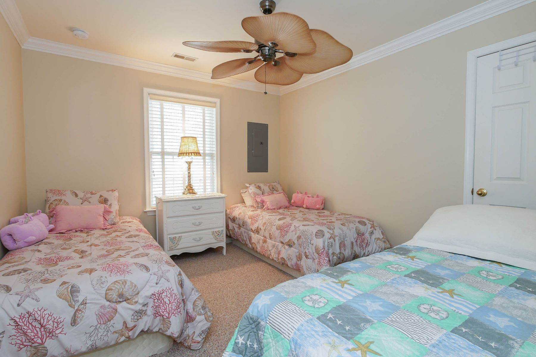 10. Condominiums for Sale at 1336-38 Wesley Ave, Unit 2 Ocean City, New Jersey 08226 United States