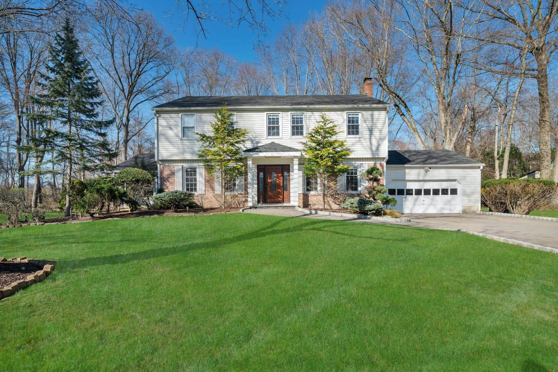Single Family Homes for Sale at Beautifully Renovated! 67 Fairway Ter Norwood, New Jersey 07648 United States
