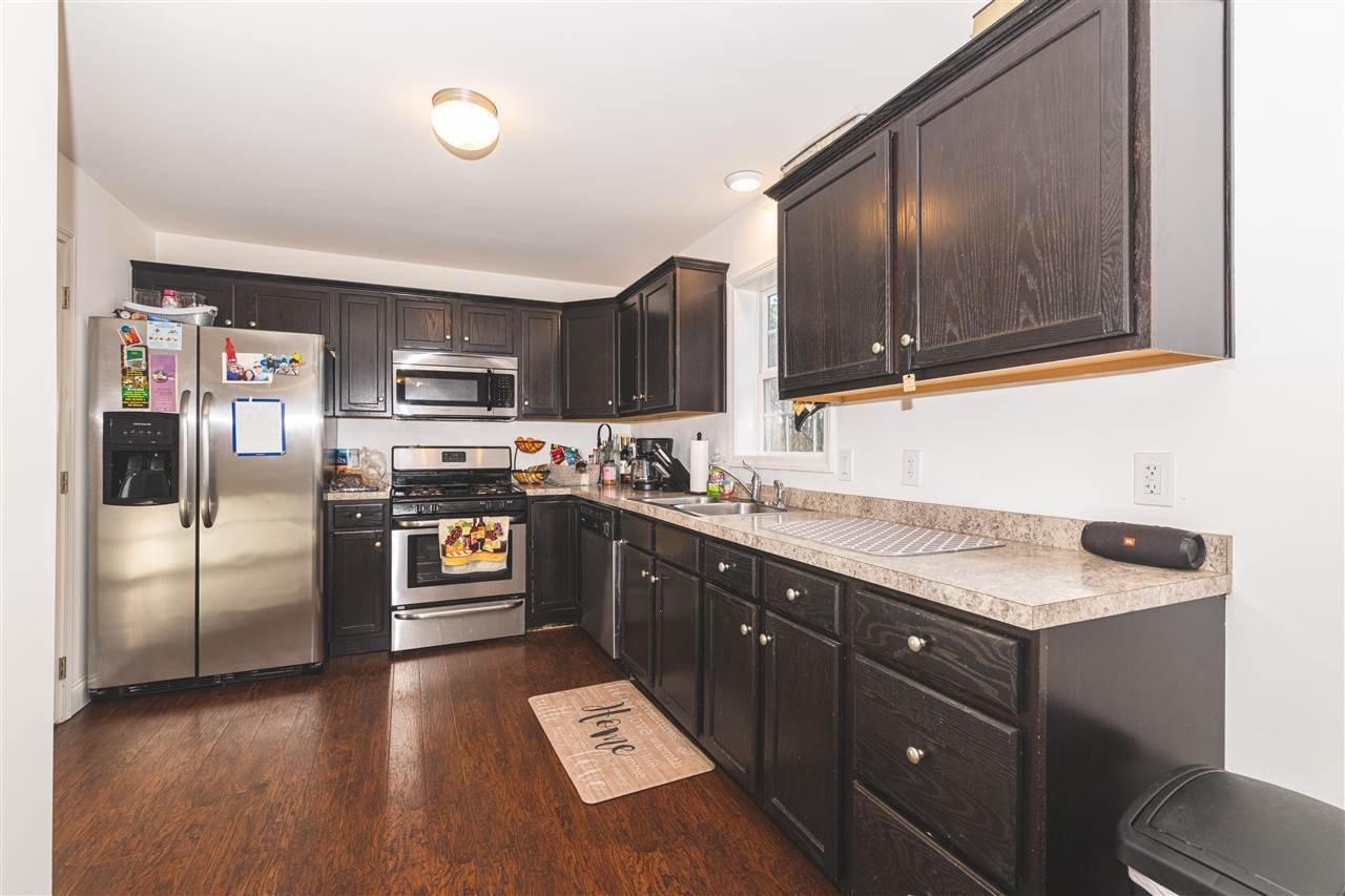 13. Condominiums for Sale at 211 W Pacific Avenue Cape May Court House, New Jersey 08204 United States