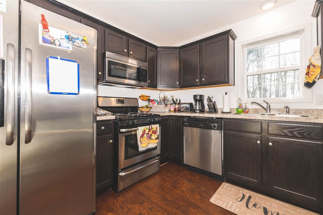 15. Condominiums for Sale at 211 W Pacific Avenue Cape May Court House, New Jersey 08204 United States