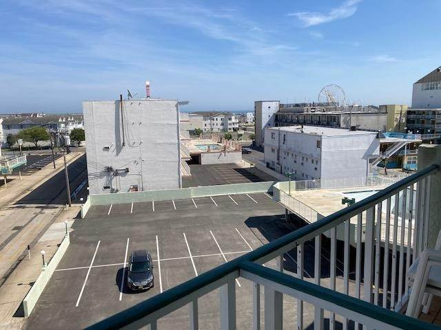 15. Condominiums for Sale at 225 E Wildwood Avenue Wildwood, New Jersey 08260 United States