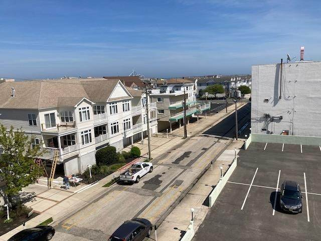 16. Condominiums for Sale at 225 E Wildwood Avenue Wildwood, New Jersey 08260 United States