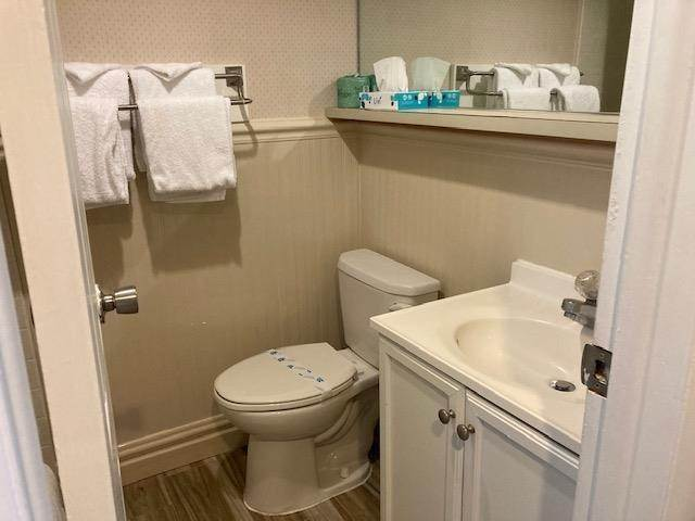 9. Condominiums for Sale at 225 E Wildwood Avenue Wildwood, New Jersey 08260 United States
