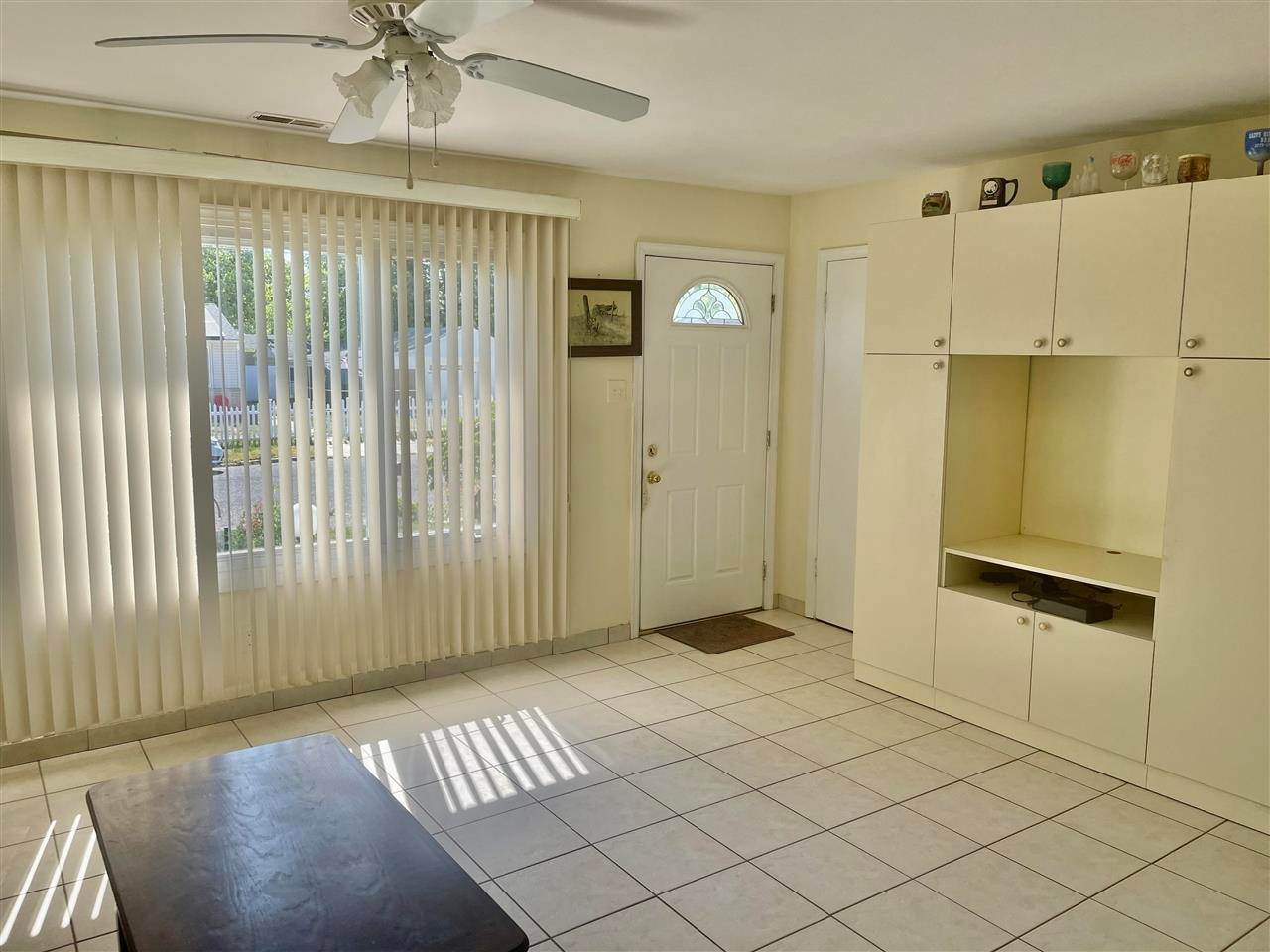 3. Single Family Homes for Sale at 400 Winslow Avenue North Cape May, New Jersey 08204 United States