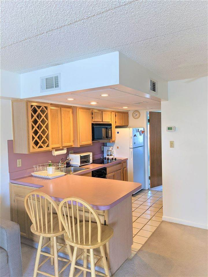 5. Condominiums for Sale at 3010 Ocean Avenue Wildwood, New Jersey 08260 United States