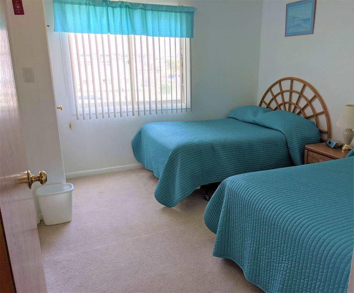 7. Condominiums for Sale at 3010 Ocean Avenue Wildwood, New Jersey 08260 United States