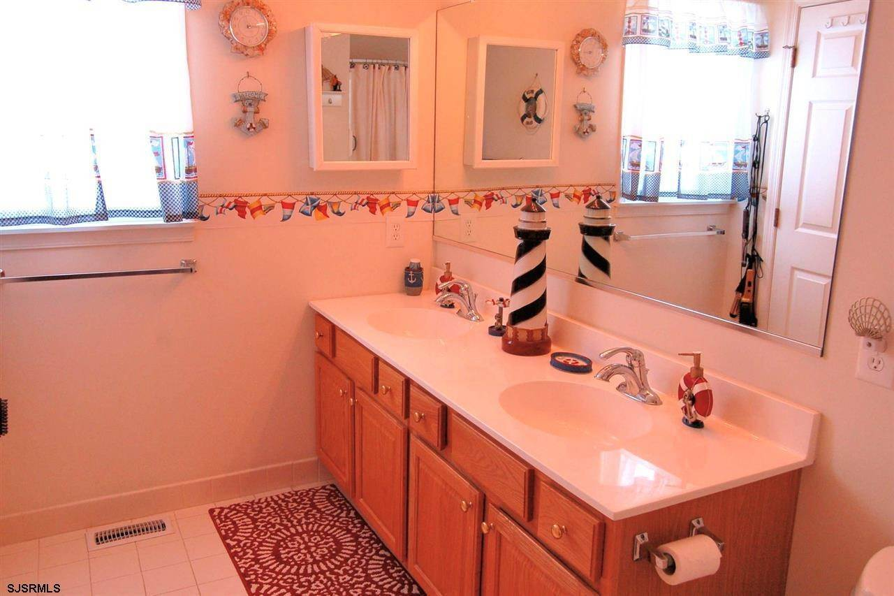 20. Condominiums at 5128 Central Ave Ocean City/Southend Ocean City, New Jersey 08226 United States