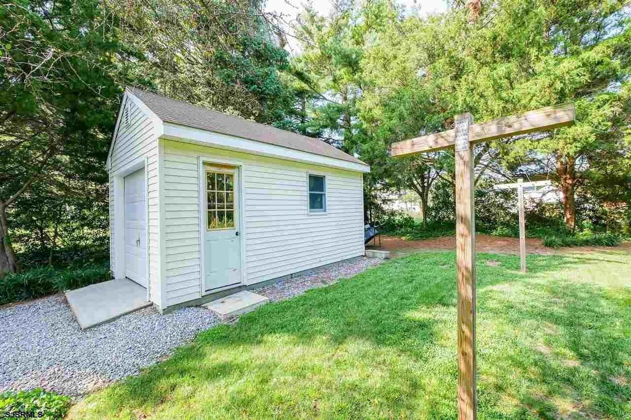 17. Single Family Homes at 7 Lake Corson Upper Twp Marmora, New Jersey 08223 United States