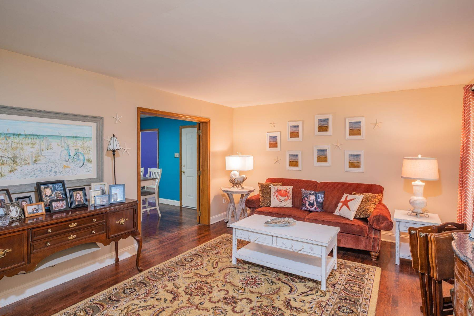 10. Single Family Homes for Sale at 5 Lauradell Drive South Seaville, New Jersey 08230 United States