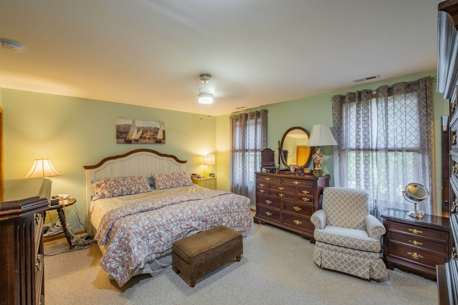 20. Single Family Homes for Sale at 5 Lauradell Drive South Seaville, New Jersey 08230 United States