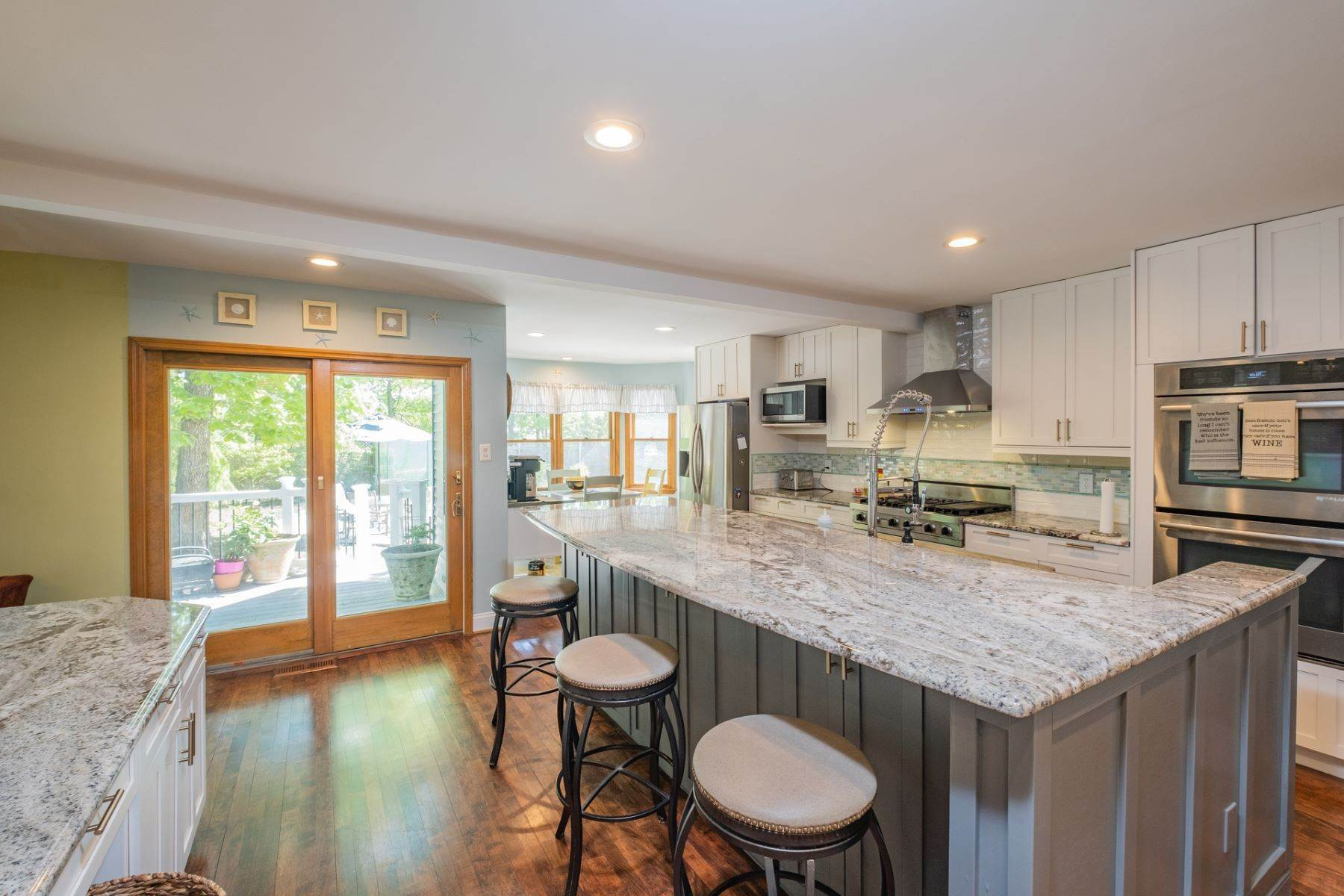 7. Single Family Homes for Sale at 5 Lauradell Drive South Seaville, New Jersey 08230 United States