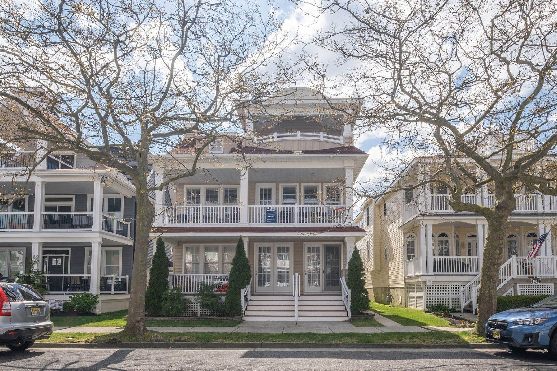Condominiums for Sale at Spacious First Floor Condo 1021 Central Ave Ocean City, New Jersey 08226 United States