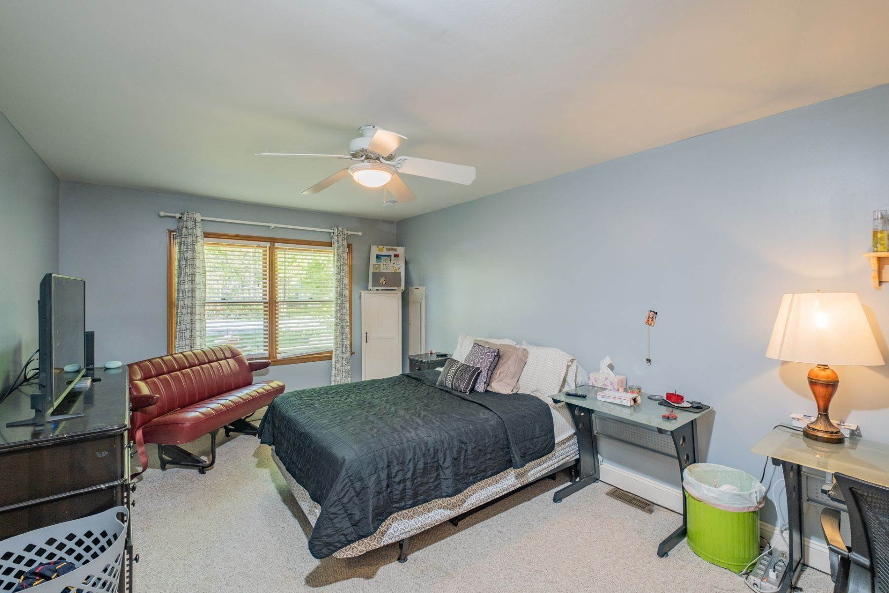 14. Single Family Homes for Sale at 5 Lauradell Drive South Seaville, New Jersey 08230 United States