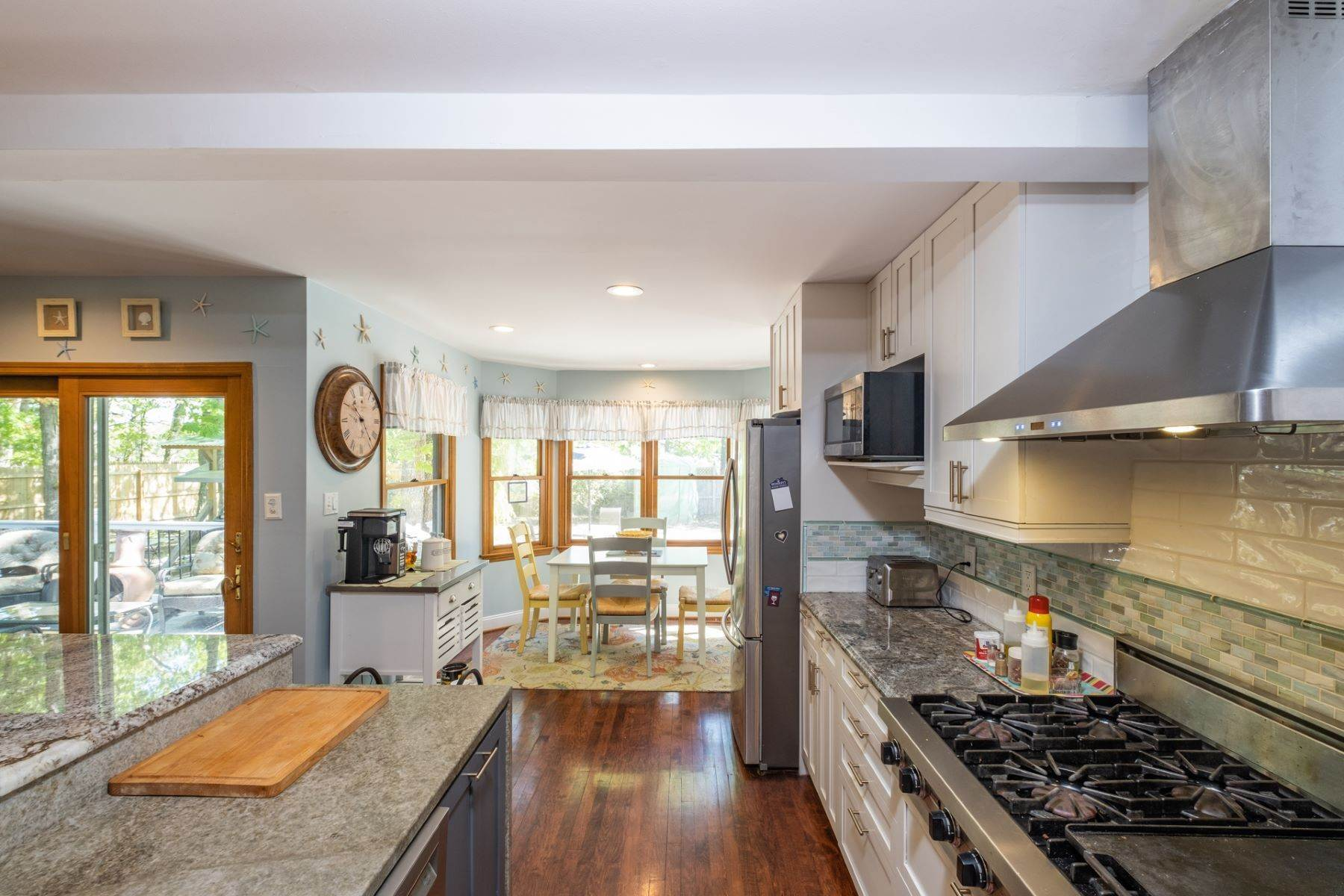 8. Single Family Homes for Sale at 5 Lauradell Drive South Seaville, New Jersey 08230 United States