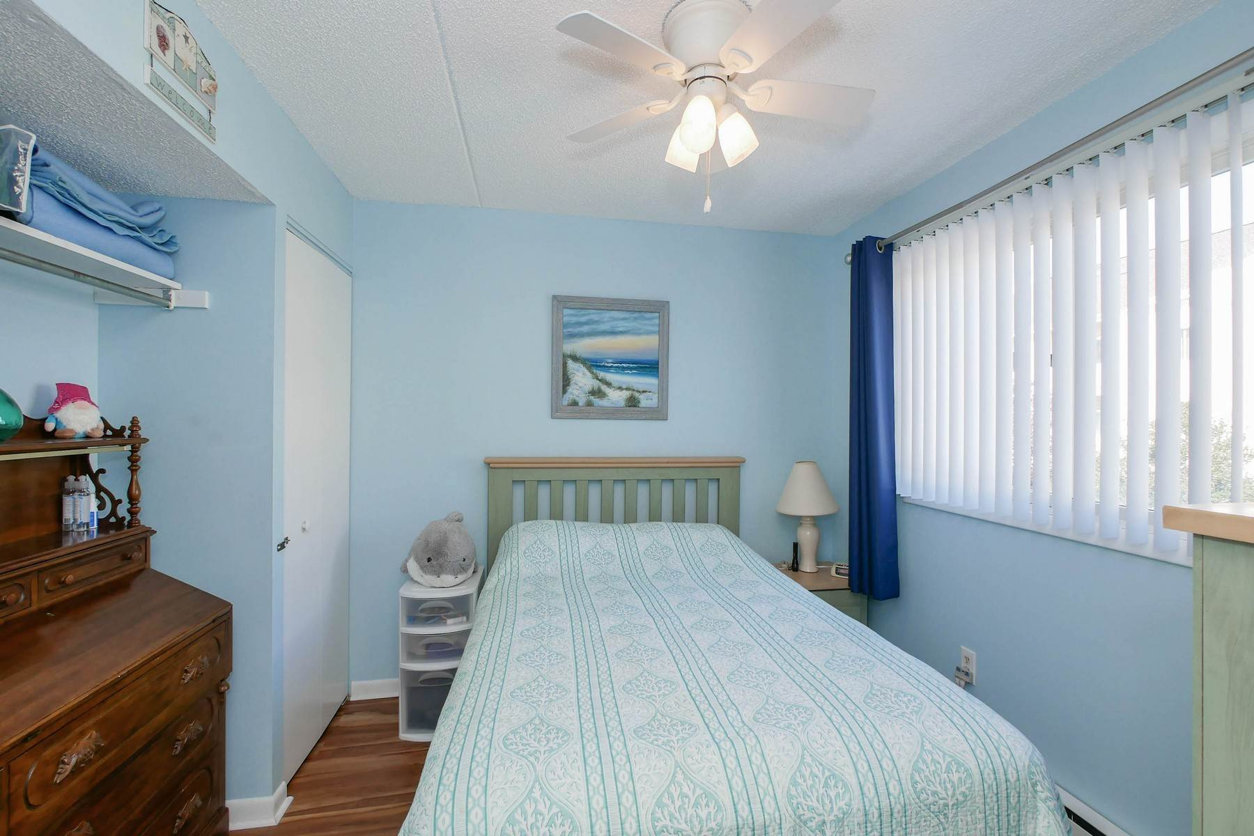 24. Condominiums for Sale at Boardwalk Best Buy 831 Atlantic Ave, #115-116 Ocean City, New Jersey 08226 United States