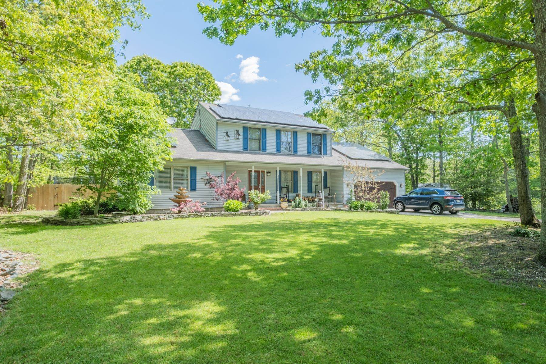 28. Single Family Homes for Sale at 5 Lauradell Drive South Seaville, New Jersey 08230 United States