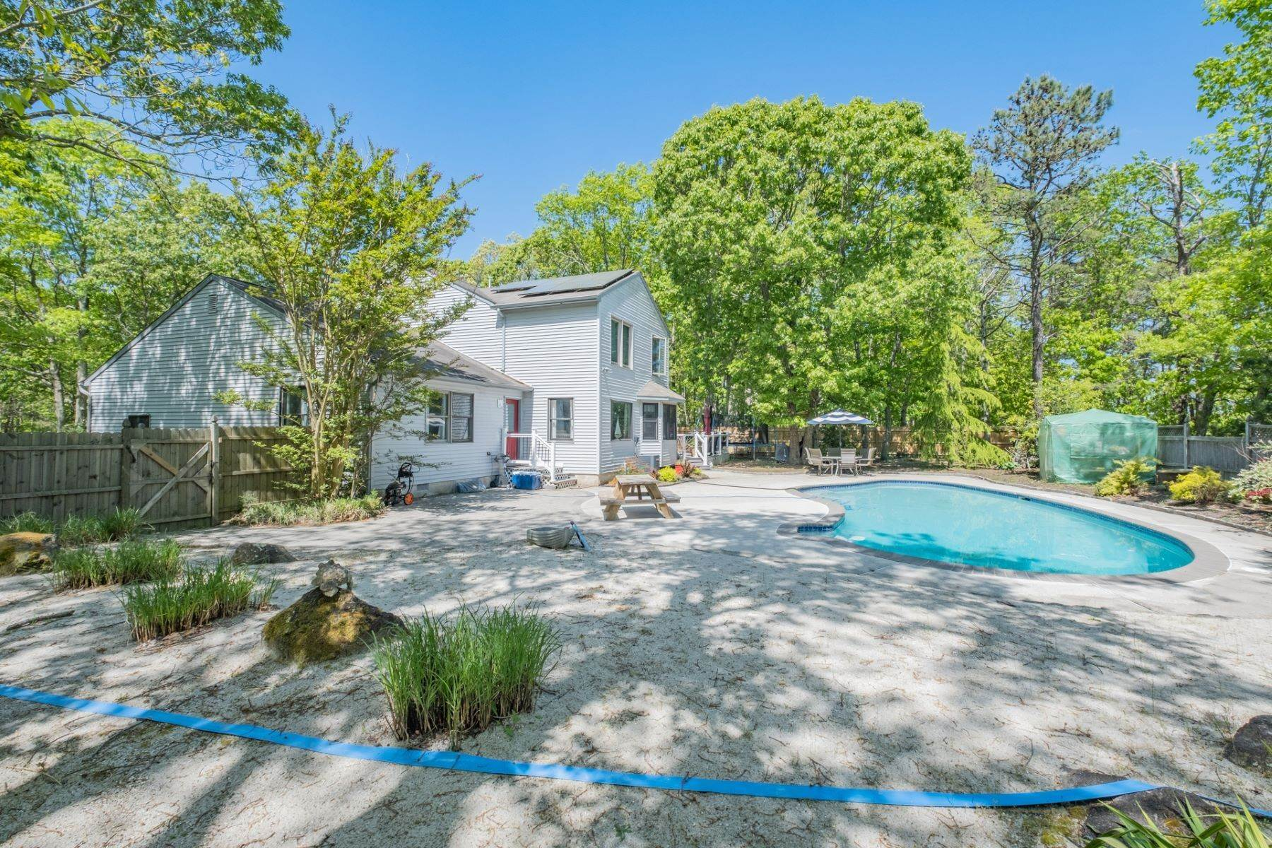 26. Single Family Homes for Sale at 5 Lauradell Drive South Seaville, New Jersey 08230 United States