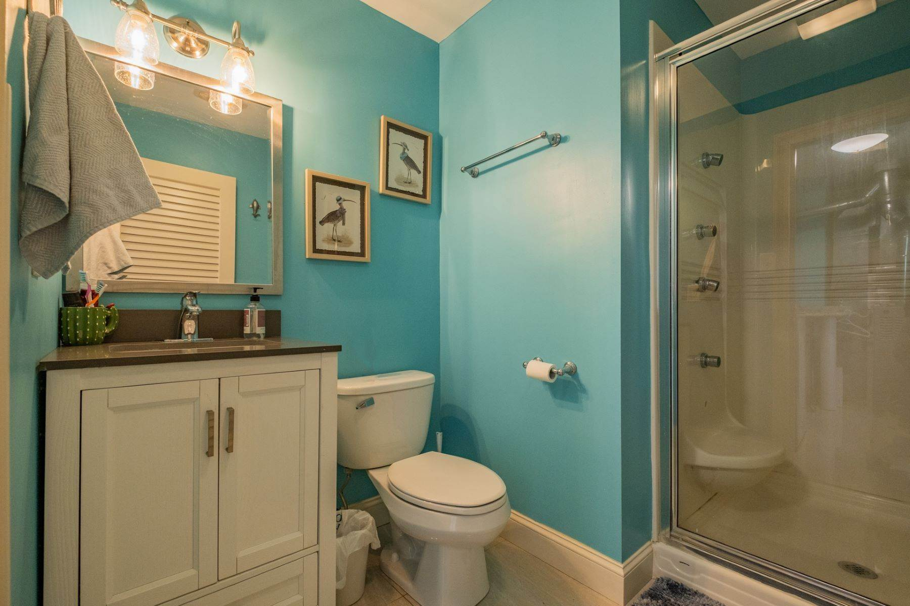 15. Single Family Homes for Sale at 5 Lauradell Drive South Seaville, New Jersey 08230 United States