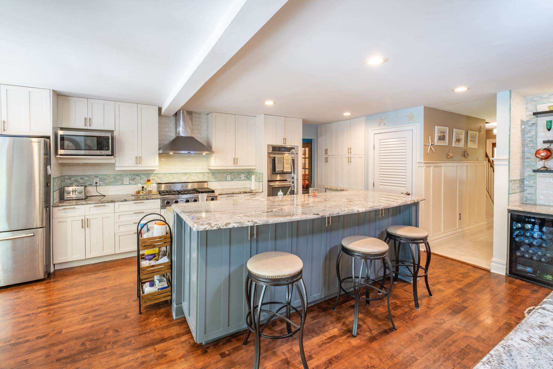 5. Single Family Homes for Sale at 5 Lauradell Drive South Seaville, New Jersey 08230 United States